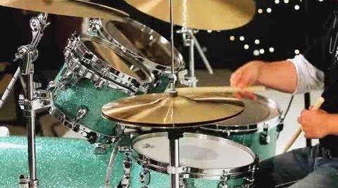 Open hi-hat cymbal for drum beats