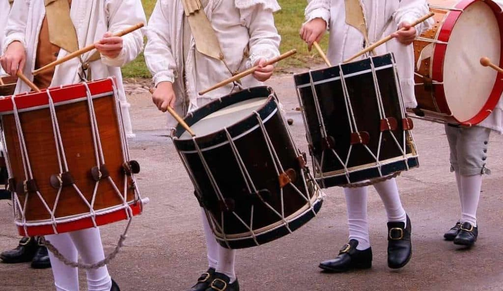 Marching drums traditional grip